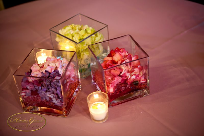 The hydrangea centerpieces coordinated with the same shades of purple rose